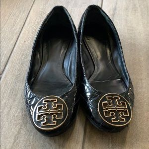 Quilted black patent leather ballet flats